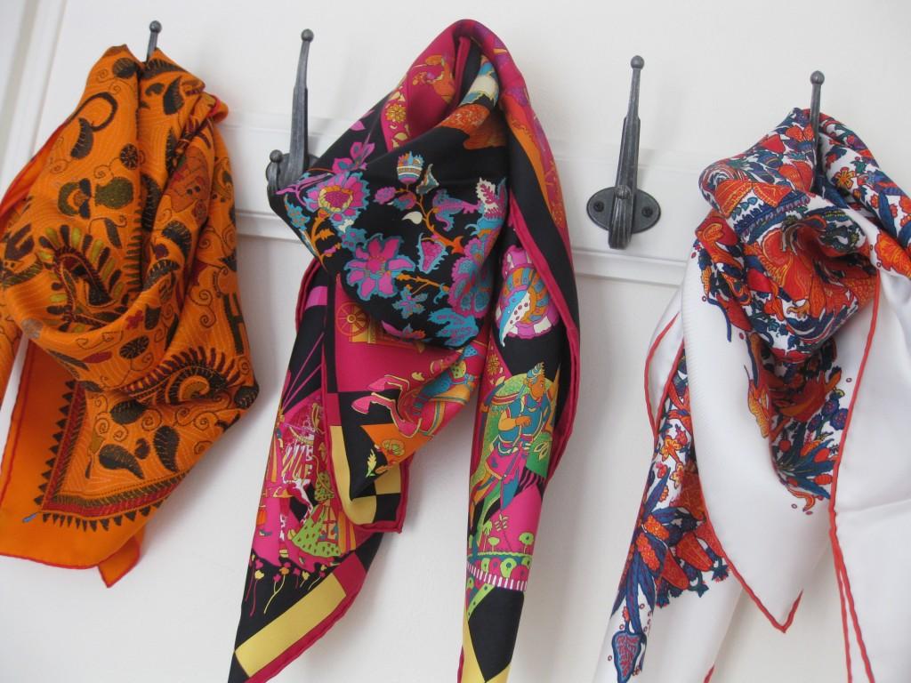 4fc6043a6719 foulard hermes en solde
